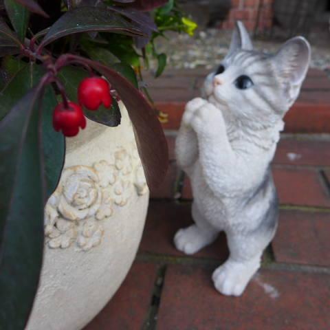 猫の置物 子猫のお願い