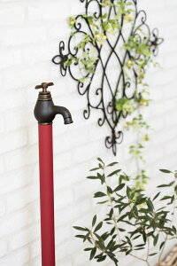 シャビー水栓柱